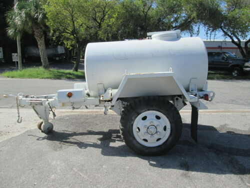 400 GALLON DOUBLE WALL STAINLESS STEEL TANK AND MILITARY TRAILER