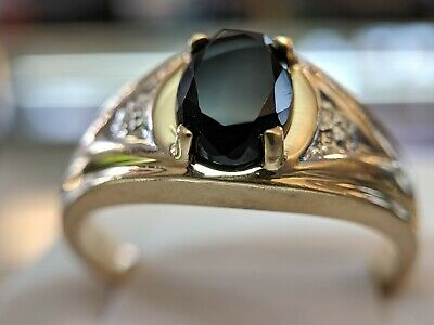 Genuine Black Onyx with Diamond chips set in Solid 10 KT Two Tone Gold Band