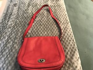 $30.00 Fossil purse from The Bay. Used maybe 3 times