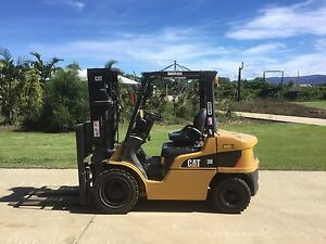 Cat 3t diesel forklift Green Hill Cairns Surrounds Preview