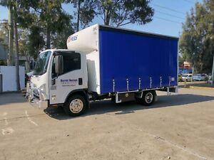 Pantech truck Isuzu NPR 300 155 6 pallets curtain truck AMT