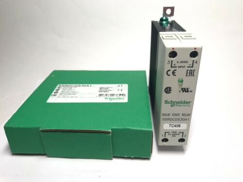 SCHNEIDER ELECTRIC Solid State 30A Relay SSRDCDS30A1  *NEW*