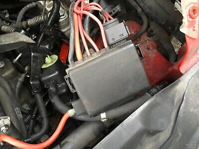 VW BEETLE FUSE BOX