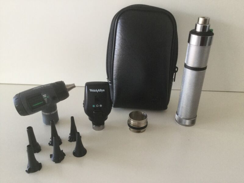 WELCH ALLYN DIAGNOSTIC SET #97101-M W/ OPHTHALMOSCOPE  #11720 & MACROVIEW #23810