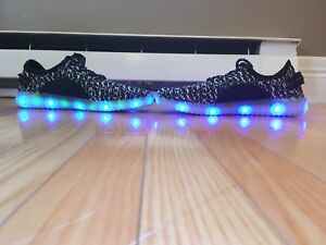 Light up yeezys size 6