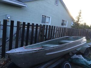 12' light weight aluminum boat