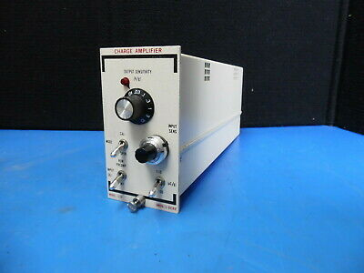 Unholtz-dickie Charge Amplifier Model 122p - Sn 11212
