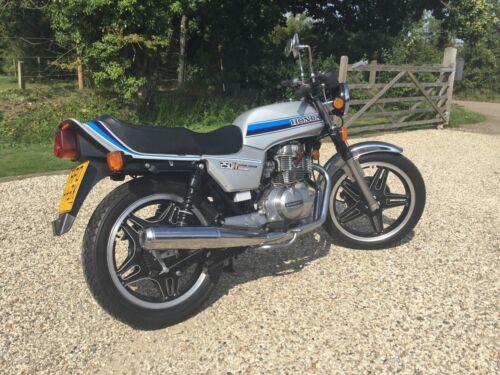 Honda 250cc Superdream Deluxe