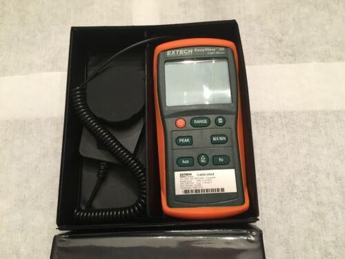 Extech Model EA30 Easyview Wide Range Light Meter