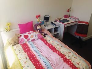 large single room in city near Melbourne uni for short term lease Carlton Melbourne City Preview