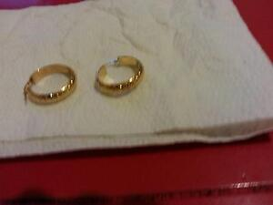 9ct yellow gold fancy hoop earrings Renown Park Charles Sturt Area Preview