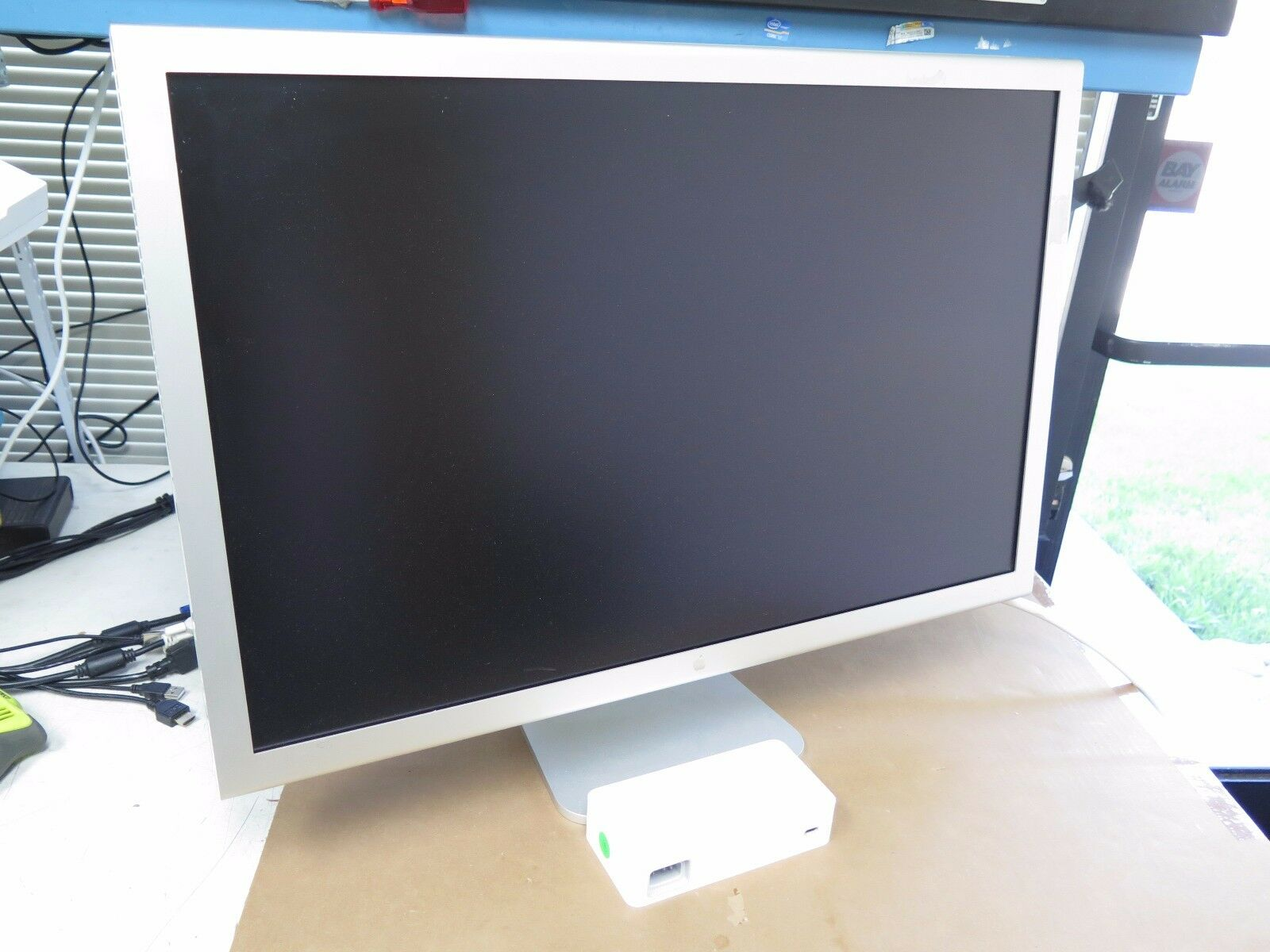"Apple 30"" Cinema HD Display Widescreen LCD Monitor A1083 w ..."