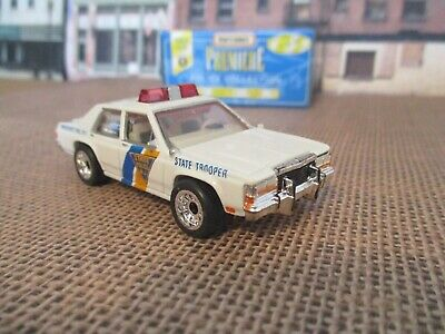 Matchbox Premiere 87 Ford LTD New Jersey State Police 1/69 scale Rubber Tires