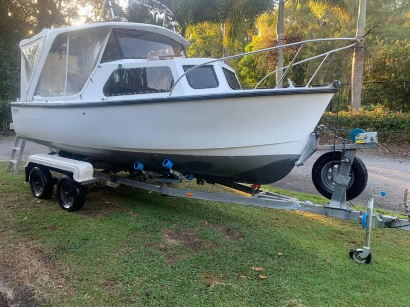 Kingston 580 Motorboats Powerboats Gumtree Australia
