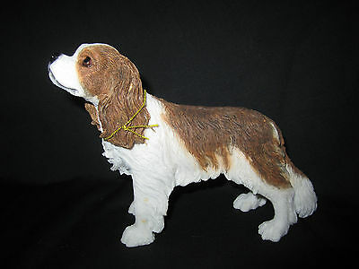 Cavalier King Charles Blenheim Colour  dog model Leonardo figure new boxed