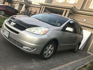 Toyota Sienna 2004 over 3 thousands of new parts