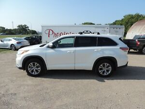2016 Toyota Highlander LE One Owner,Accident Free, Low KM's,S...