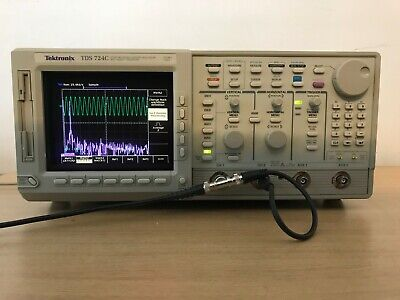 Tektronix Oscilloscope Tds724c 500mhz 1gss In Perfect Working Condition.