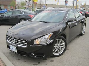 2011 NISSAN MAXIMA SV | Leather• Roof•Heated Seats •