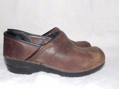Brown Clogs For Women - Dansko Brown Oiled Brown Leather Slip On MULES Clogs Shoes For Women 37/7 Used