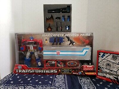 Hasbro Toys R Us Exclusive Transformers MASTERPIECE Optimus Prime New and Sealed