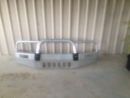 Nissan Patrol Alloy Bumper / Bull Bar with Spot Lights Gloucester Gloucester Area Preview