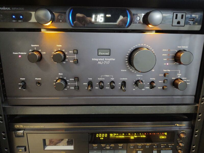 Sansui AU-717 Stereo Integrated Amplifier, Prof Recapped and serviced