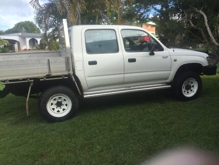 4x4duel cab Toyota hilux