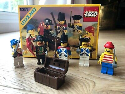 Vintage Lego Pirates 6251 Pirate Minifiguers Complete With Box