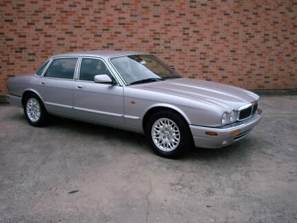 2001 Jaguar XJ8 3.2 V8 Luxury Saloon