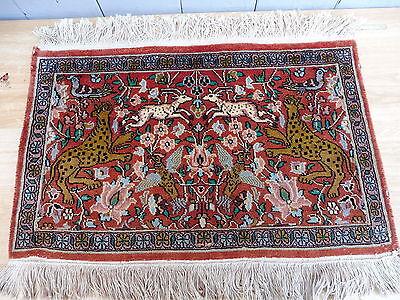 Beautiful Oriental Rug Motif Carpet Cashmere Silk Carpet Tapestry