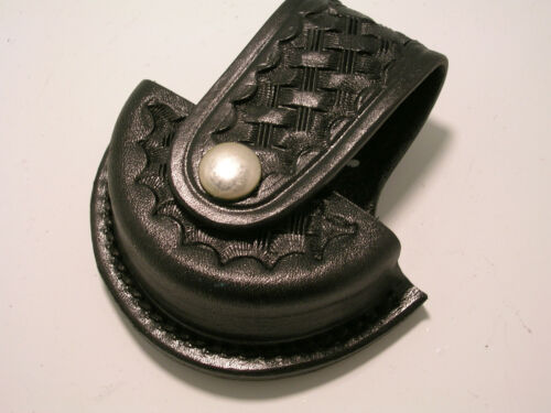 Tex Shoemaker Black tooled Leather Chain Handcuff Holder Cuff Case  Clip