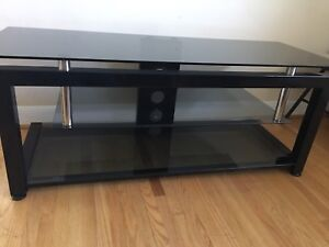 3 glass shelf Entertainment Stand