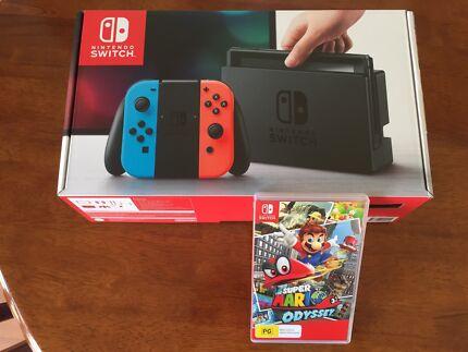 Nintendo Switch + Mario Odyssey