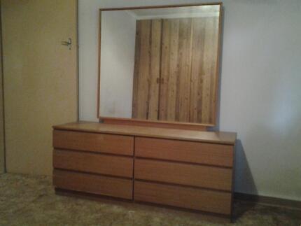 Fantastic retro 6 drawer dresser with huge mirror Salisbury Brisbane South West Preview