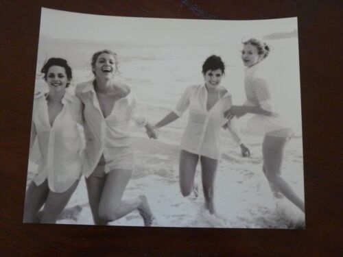 Emma Roberts Kristan Stewart Blake Lively Sexy Actor 8x10 B&W Promo Photo