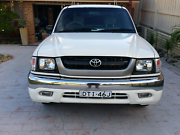 Toyota hilux automatic late 2003 dualcab lpg dual fuel Liverpool Liverpool Area Preview
