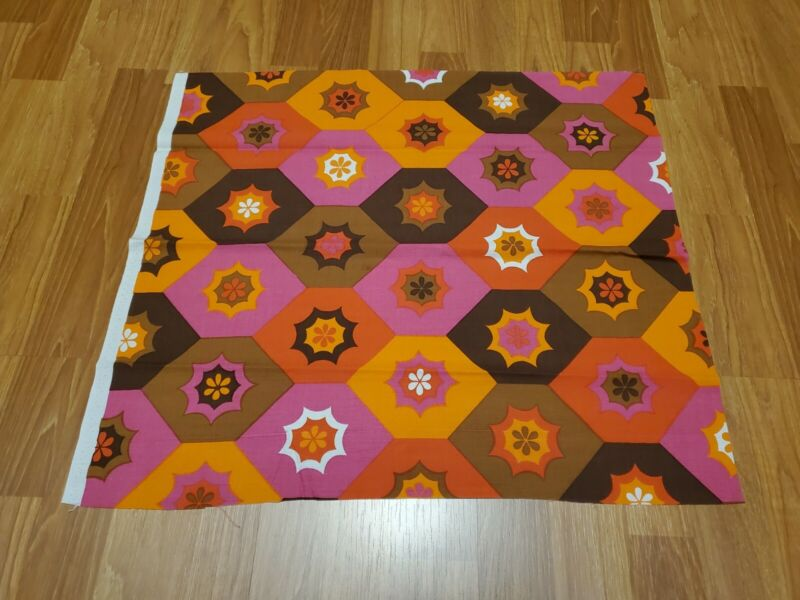 Awesome RARE Vintage Mid Century retro 70s bright floral hexagon fabric! LOOK