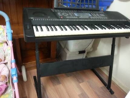 BASS keyboard in good condition Prospect Prospect Area Preview
