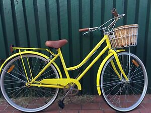 Ladies Bicycle Wattle Grove Liverpool Area Preview