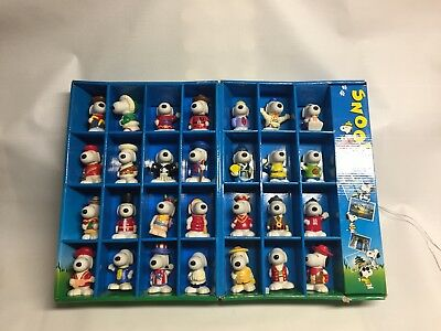 Snoopy Collectible Box With Snoopy Wearing Costumes From Around The World, 28 Pc (Costumes Around The World)