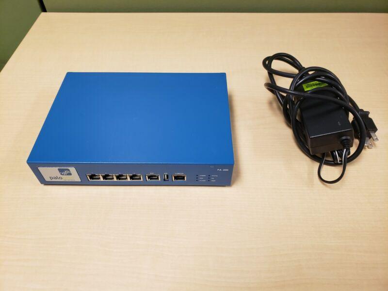 Palo Alto PA200 Enterprise Firewall Security Appliance - used