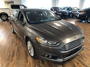 2013 Ford Fusion SE  AWD (s-roof/Nav/leather)