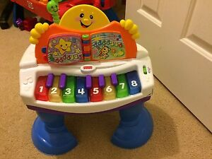 Fisher price baby piano Amaroo Gungahlin Area Preview