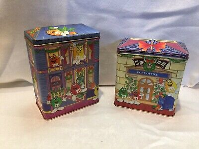 M&M's Christmas Tins 1995 Bed and Breakfast & Letters for Santa (lot of 2) ()