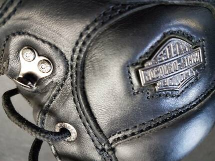 Women's US size 7 leather boots Harley Davidson