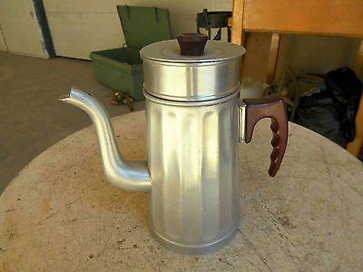 Antike Kaffee Teemaschine H 23 cm Metall mit Marke sehr Dekorativ