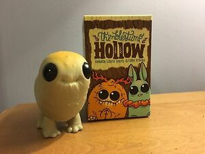 Thimblestump hollow vinyl figure