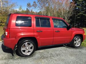 2007 Red Jeep Patriot