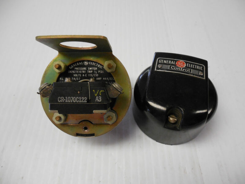 NEW GE GENERAL ELECTRIC PRESSURE CONTROL SWITCH CR2927E107B1